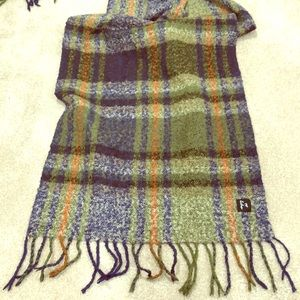 Echo green plaid scarf. Used